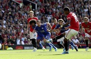 man united beats leicester on penalty to end wait for win