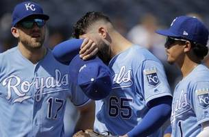 junis gets early hook as royals fall 12-3 to astros