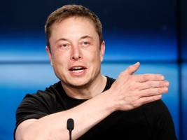 elon musk reportedly suggested that tesla needs to be more like amazon to improve its delivery system (tsla)
