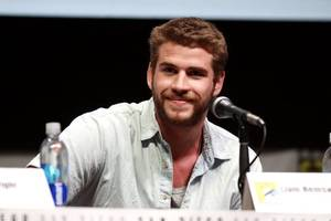 here's how liam hemsworth learned about split from miley cyrus
