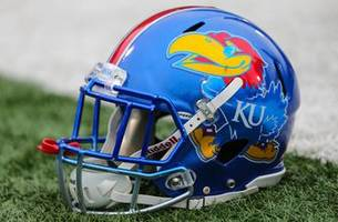 jayhawks lb barrett charged with two misdemeanors