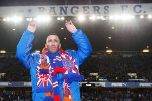 leicester city striker jamie vardy pays tribute to fernando ricksen