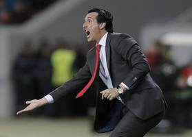 emery rests ozil for eintracht frankfurt despite lack of premier league action