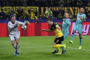ter stegen saves penalty as barcelona draws 0-0 at dortmund
