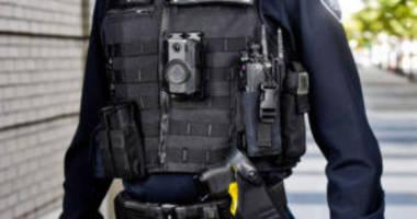 cops are giving facebook bodycam footage