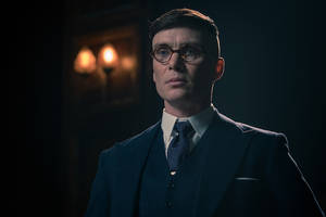 'Peaky Blinders': Cillian Murphy Takes a Tommy Gun to a Scarecrow in New Season 5 Trailer (Video)