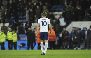 soccer-tottenham making same old mistakes, says kane