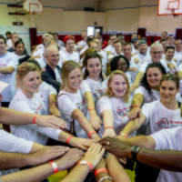 Thousands of Aramark Volunteers Team Up for Annual Global Day of Service, Join NFL Huddle for 100 Campaign to Build Healthier Communities for the Next 100 Years