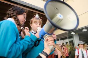 pictures as schoolchildren join extinction rebellion in cornwall climate strike