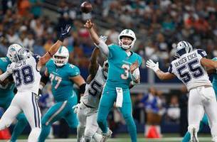 dolphins can't hang with explosive cowboys in qb josh rosen's 1st start with miami