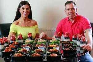 couple lose 15 stone by cooking 56 meals a week for only 60p each