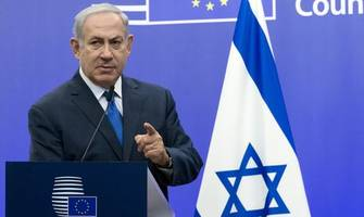 Israeli negotiators seek to break Netanyahu-Gantz deadlock