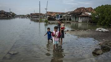sea levels are rising faster than scientists previously estimated