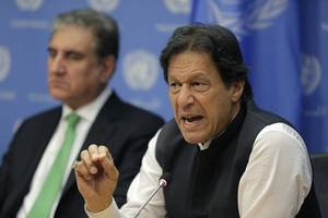 pakistan pm imran khan warns of war with india over crackdown in kashmir