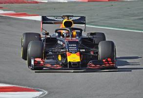 formula one: penalty for max verstappen, daniil kvyat to back of russian gp grid