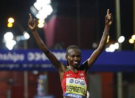 ruth chepngetich wins women's marathon at world athletics championships as 28 drop out