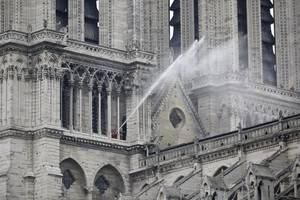 french billionaire gives $109 million to rebuild notre dame