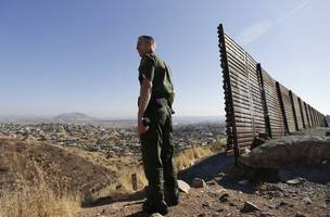 nearly 1 million migrants apprehended or deemed inadmissible along us-mexico border in fiscal year 2019, ...