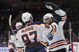 Neal scores 4 to lead Oilers to 5-2 win over Islanders