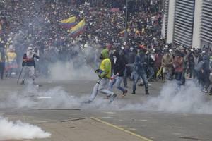 Ecuador seeks UN help as fuel hike protests intensify