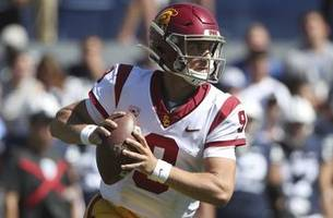 usc's helton under microscope heading to no. 9 notre dame