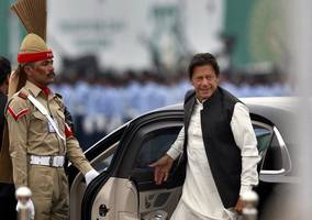 imran khan likely to visit saudi, iran on october 11 to defuse tensions
