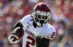 CeeDee Lamb's 51-yards touchdown gives Oklahoma a 17-10 lead over Texas