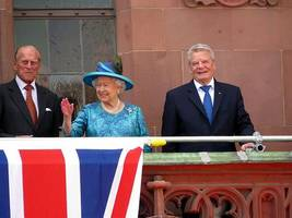 brexit plans centre stage in queen's speech