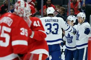 Maple Leafs end 3-game skid with 5-2 win over Red Wings