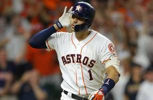 carlos correa's walk-off homer in the 11th gives astros 3-2 win over yankees, ties alcs at 1-1