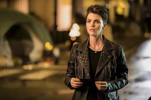 ratings: 'batwoman' signal dims from debut