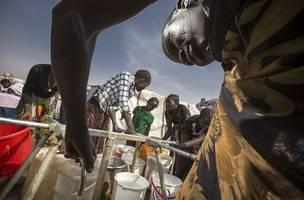 Sudan's government and rebels start peace talks in Juba