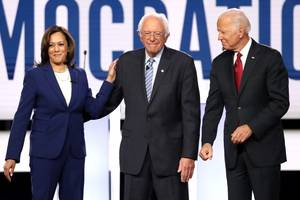 bernie sanders addresses heart attack and surgery at democratic debate: 'i'm feeling great'