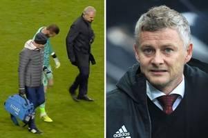 man utd fans demand backroom staff sacked after david de gea injury