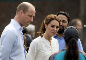prince william says he and wife kate are fine after plane twice aborts landing in islamabad