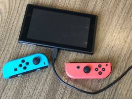 How to unfreeze a Nintendo Switch in 4 different ways when it stops responding