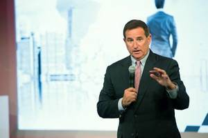 Secret passages and skipped meals: Oracle's CEO Mark Hurd gave us a rare peek at what it really takes to run one of the world's most important tech companies