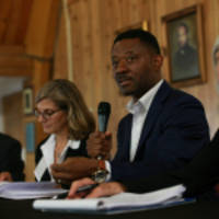 the economic equity network launches in oakland with investors, entrepreneurs, and civic leaders of color focused on community wealth-building using oz capital