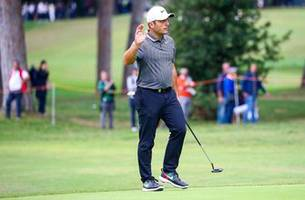 struggling francesco molinari changes his caddy