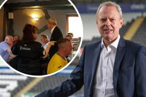 'you love to see it!' trevor birch further endears himself to swansea city fans with wonderful gesture at pub in barnsley