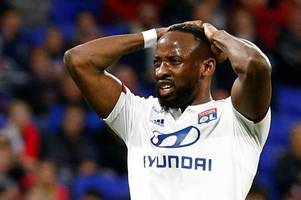 Moussa Dembele transfer decision as Manchester United prepare £300m squad overhaul