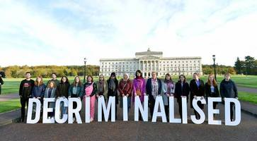 northern ireland stormont assembly returns live updates: reports sdlp mlas to to take seats
