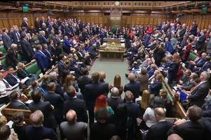 Vote on whether you want Brexit now or a new referendum