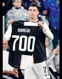 serie a: cristiano ronaldo's 701st goal keeps juventus on top