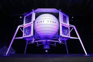 Jeff Bezos announces Blue Origin will form new industry team to return to the Moon