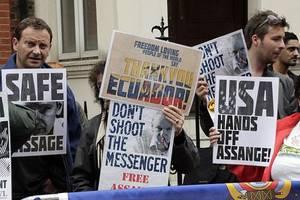 wikileaks founder julian assange loses bid to delay extradition hearing in uk