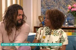 jason momoa appears on this morning and twitter swoons