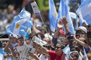 argentina election: voters go to the polls amid deep economic crisis
