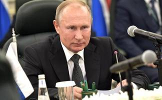 vladimir putin is looking unstoppable after a string of victories that trump handed to him on a plate