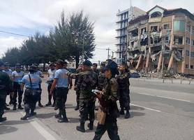 hotel collapses after magnitude 6.5 quake hits southern philippines
